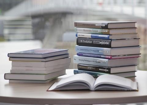 book-168824_640